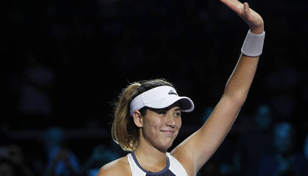 Garbiñe Muguruza gana a Kvitova y pasa a semifinales del Masters