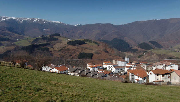 Imagen panorámica de la localidad de Arantza.