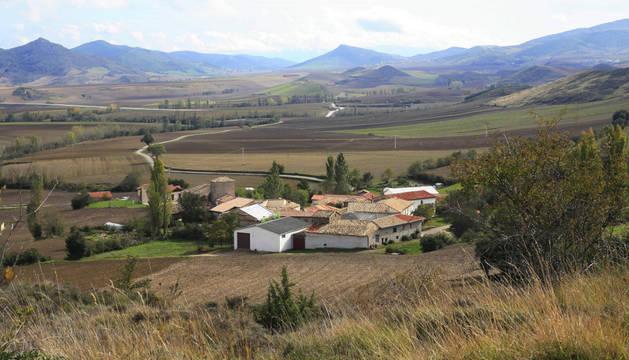 Panorámica de Lizarraga del valle de Izagaondoa.
