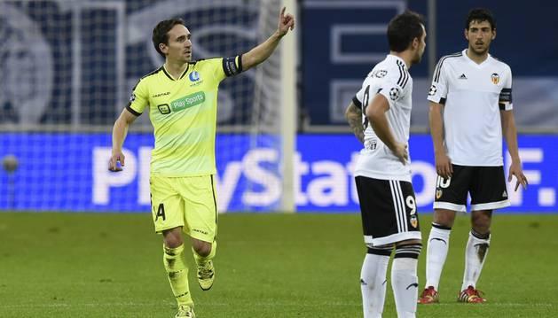 Kums celebra el gol al Valencia.