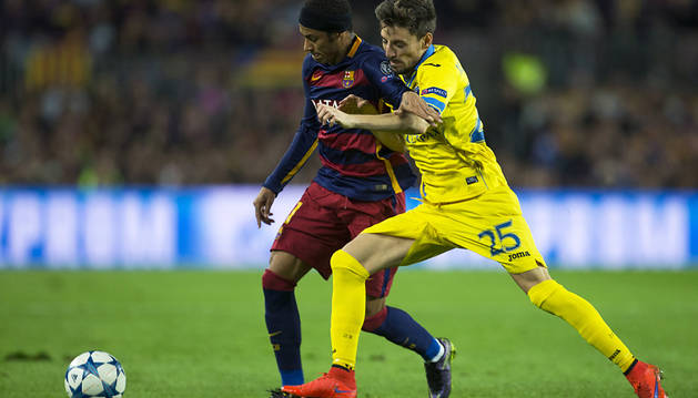 El Barça se coloca a las puertas de los octavos de final (3-0)