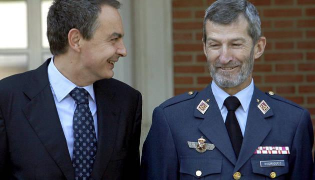 Julio Rodríguez, junto al expresidente de Rodríguez Zapatero.