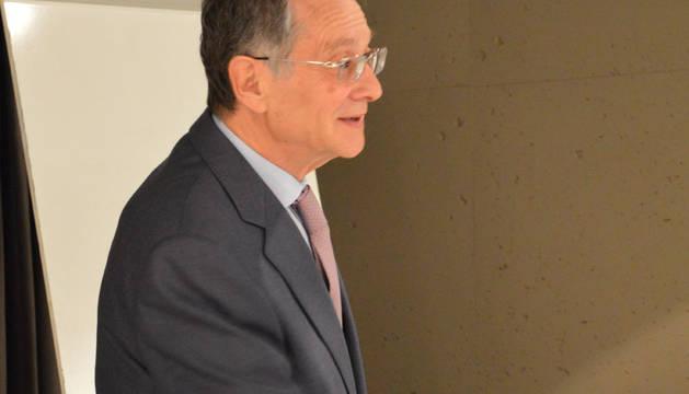 Javíer Úriz, consultor empresarial y escritor