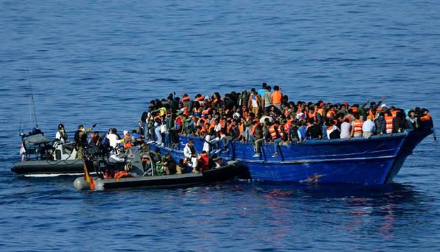 517 inmigrantes rescatados este jueves frente a las costas de Libia.