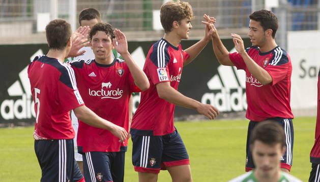 El Promesas celebra un gol contra Oberena.