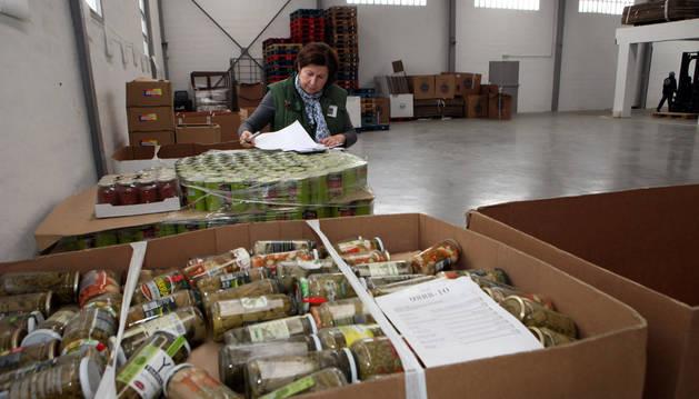 Imagen de algunas cajas preparadas con alimentos.
