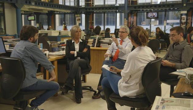 Tres periodistas y Monedero debaten en Salvados sobre el uso político de la información.