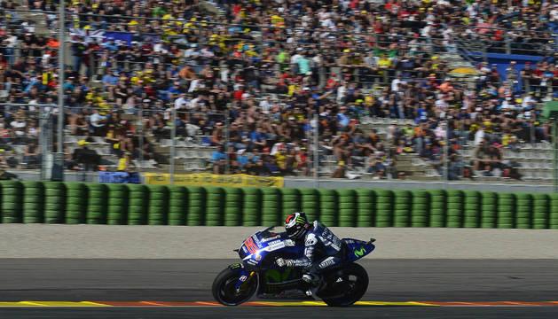 Jorge Lorenzo en el circuito Ricardo Tormo.