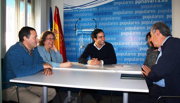 El PPN buscará ayudas de la UE para iluminar el puente de Puenta la Reina