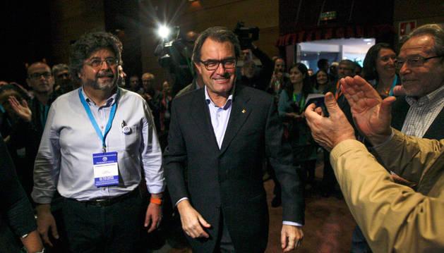 El 52% de los catalanes, en contra de la desobedicencia del Parlament