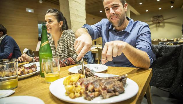 El consumo medio anual de carne roja o procesada es de 32 kilos per cápita