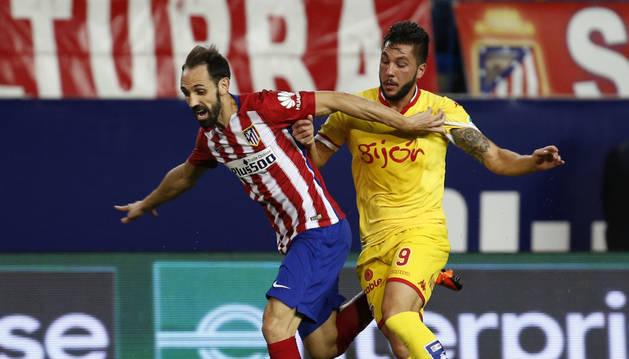 Juanfran, en el partido contra el Sporting.