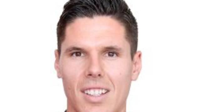 Héctor Yuste.