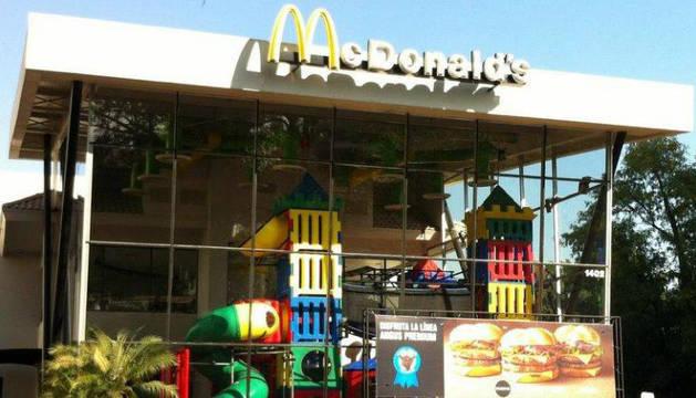 Cierran un McDonald's al denunciar una cabeza de rata en una hamburguesa