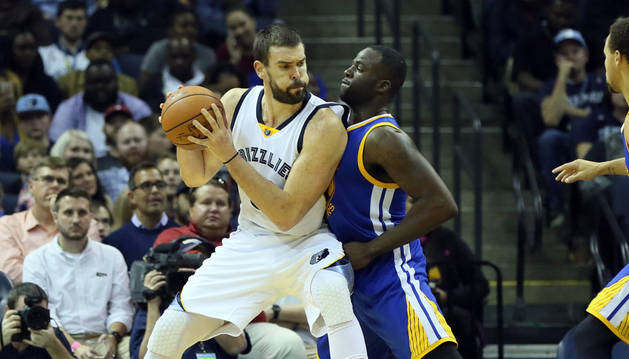 Marc Gasol, contra los Warriors.