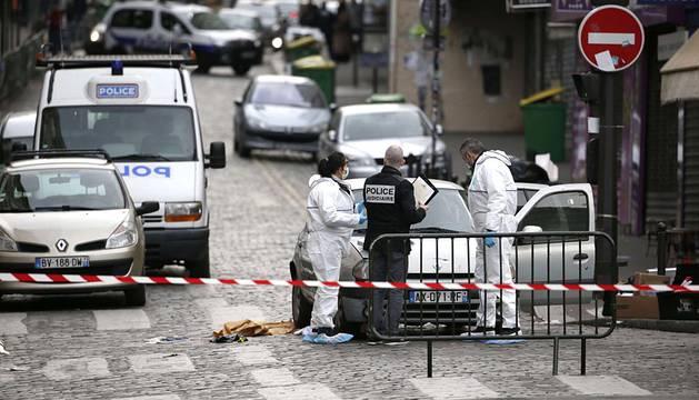 París ha amanecido este sábado tras vivir la peor pesadilla terrorista de la historia de Francia.