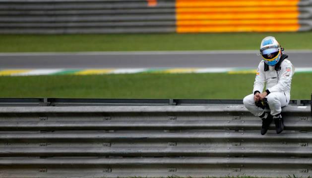 Fernando Alonso, tras abandonar la calificación.