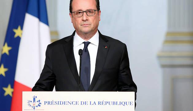 Mensaje de Francois Hollande tras los atentados de este viernes.