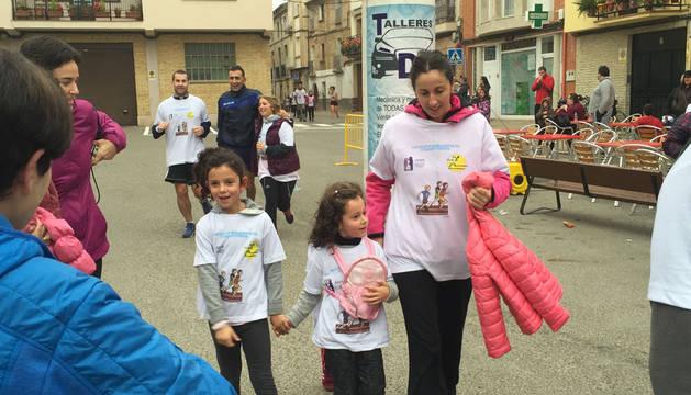 La II Carrera Solidaria en favor del autismo reúne a 400 personas