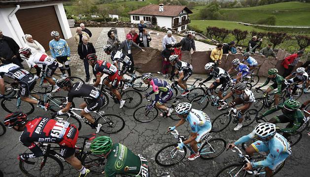 La Vuelta al País Vasco pasó por Zugarramurdi y concluyó en Urdax en su edición de 2014.