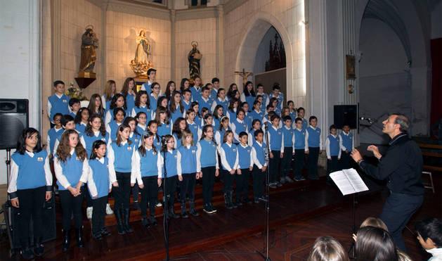 El Coro de Griseras, galardonado con el Premio Olentzero 2015