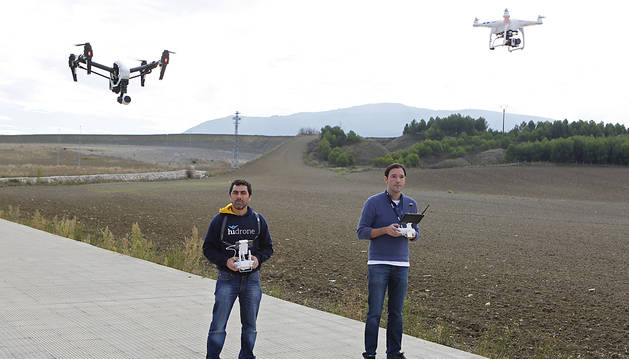 Al menos 114 personas han obtenido este año en Navarra el título para pilotar drones