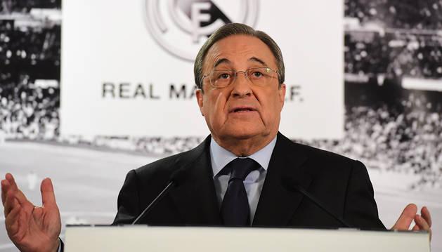 Florentino Pérez, ante los medios.
