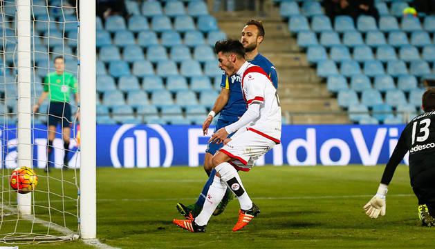 Jozabed marca los dos goles del empate en el Coliseum (1-1)