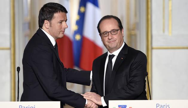 Hollande y Renzi piden