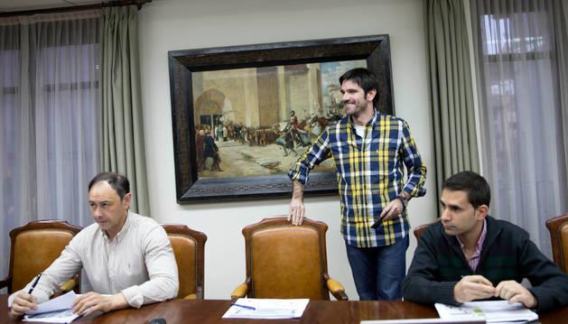De izda. a dcha., José Ángel Andrés, Larrarte y Rubén Domínguez.