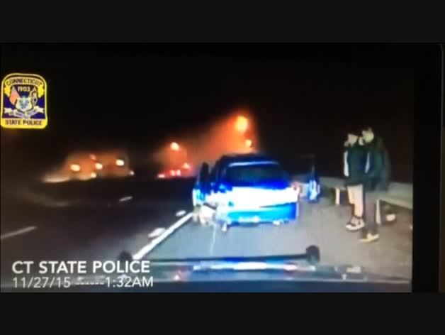 Accidente visto desde la cámara de un coche patrulla