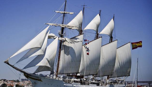 El buque escuela 'Juan Sebastián Elcano'.
