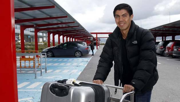 Silva, al llegar en enero de 2013 de la Universidad Católica de Chile.