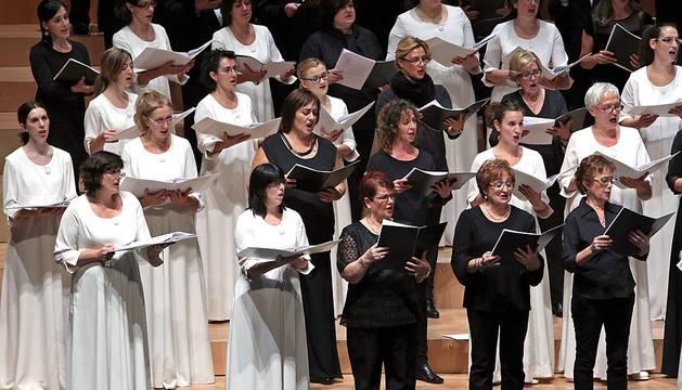 Concierto del Orfeón en el Día de Navarra en Baluarte