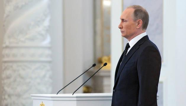 Vladímir Putin en la Asamblea Federal en el Gran Palacio del Kremlin.