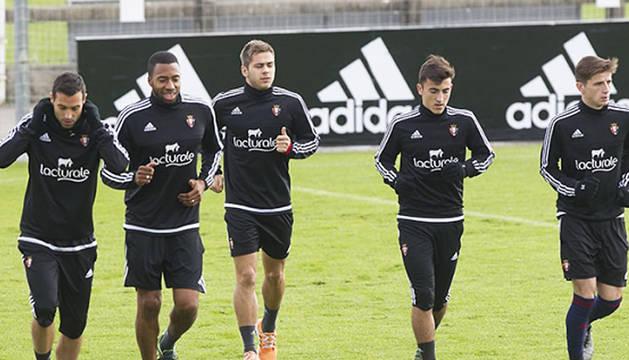 Martins vuelve a tocar balón en el entrenamiento del día