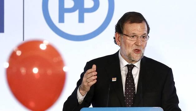 El presidente del Gobierno, Mariano Rajoy, visitó Pamplona este miérrcoles 9 de diciembre para clausurar un mitin electoral de UPN-PP en el hotel Iruña Park.