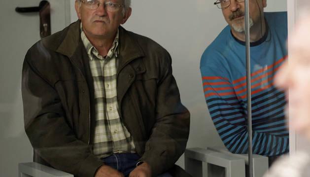 Juan María Múgica (i) y Luis Ignacio Iruretagoyena (d), dos de los cuatro etarras a los que juzga la Audiencia Nacional.