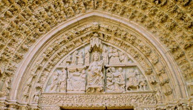 Visitas guiadas gratuitas por la portada de la iglesia de Santa María de Olite