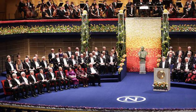 Heldin, durante la entrega de los Nobel.