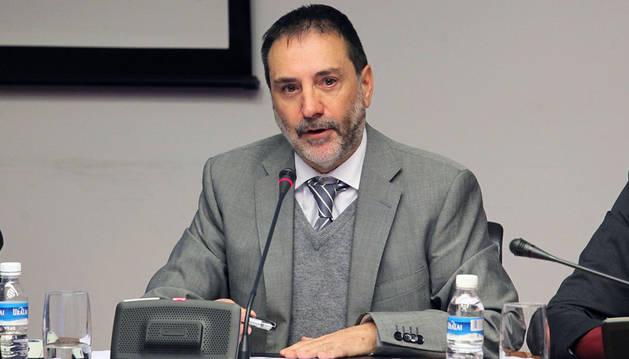 Robleda no repetirá como presidente Comptos y se muestra