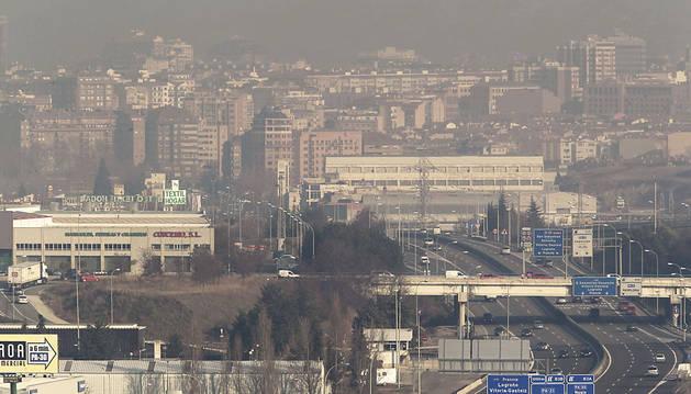 La ola de calor sube el nivel de polución y deteriora la calidad del aire en Navarra