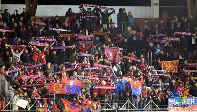 Aficionados de Osasuna en Los Pajaritos.