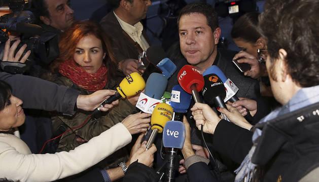 Los barones respaldan a Sánchez para que intente formar gobierno