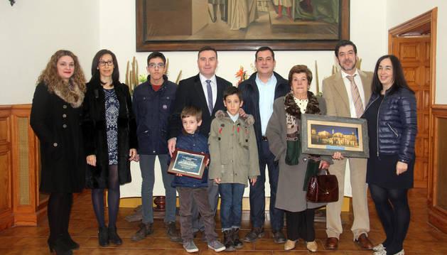 Ángel y Valentín Rupérez y Alfonso Rincón, socios de la empresa, junto a sus familiares.