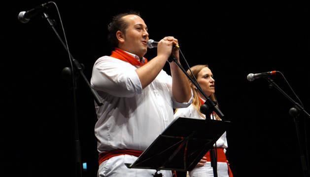 Diego Urmeneta y Soraya Castellano, durante el acto.