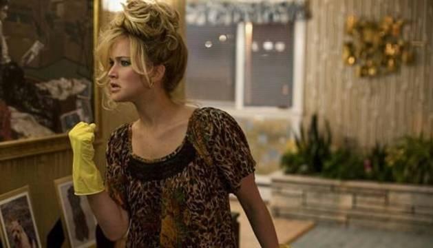 Jennifer Lawrence, frente a Tom Hardy en la cartelera