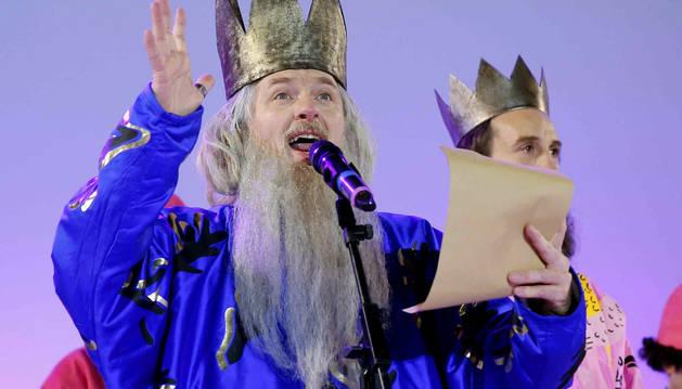El rey Melchor, durante su intervención en el escenario de la Plaza de Cibeles.