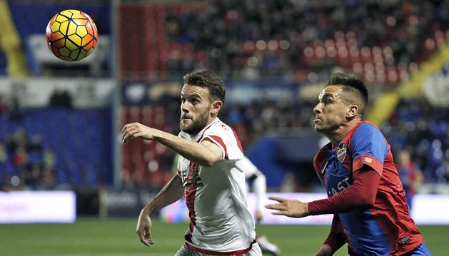 Los goles se hicieron esperar en el Ciudad de Valencia (2-1)