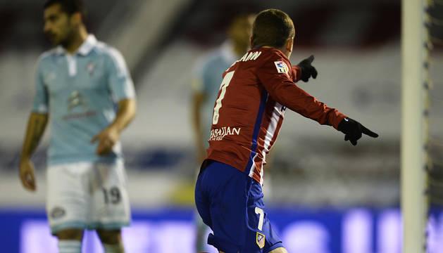 El Atlético se resiste a abandonar el liderato (0-2)